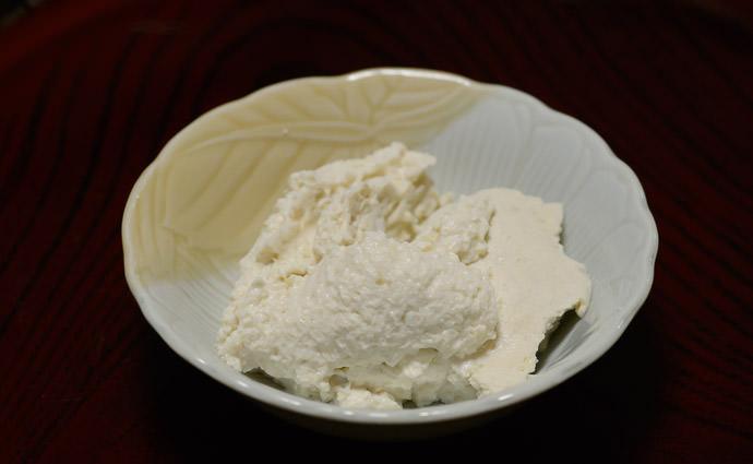 Ready to Eat just add garnish -- Takashima, Shiga, Japan -- Copyright 2015 Jeffrey Friedl, http://regex.info/blog/
