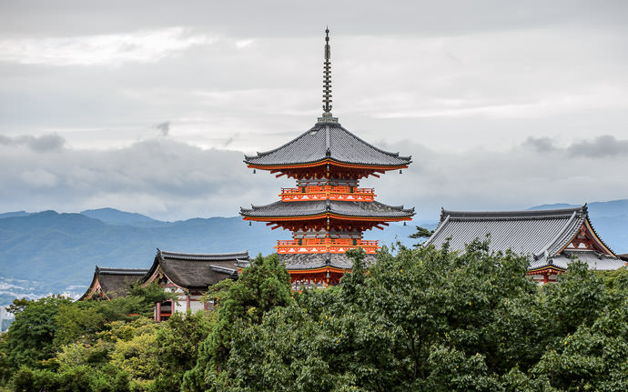 desktop background image of pagoda at the Kiyomizu Temple (清水寺) in Kyoto Japan -- Moody Kiyomizu Kiyomizu Temple, Kyoto Japan 清水寺 -- Kiyomizu Temple (清水寺) -- Copyright 2015 Jeffrey Friedl, http://regex.info/blog/ -- This photo is licensed to the public under the Creative Commons Attribution-NonCommercial 4.0 International License http://creativecommons.org/licenses/by-nc/4.0/ (non-commercial use is freely allowed if proper attribution is given, including a link back to this page on http://regex.info/ when used online)