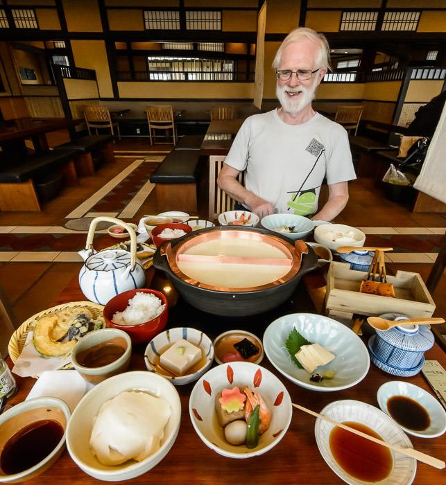 Yuba Feast with Jim Breen at Kiyomizu Junsei Okabeya (清水順正 おかべ家) -- Kyoto, Japan -- Copyright 2015 Jeffrey Friedl, http://regex.info/blog/