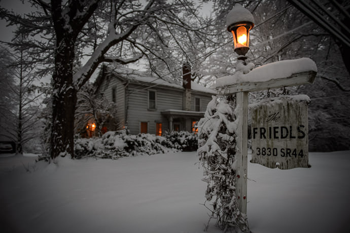 Another Front-of-the-House Shot -- Rootstown, Ohio, United States -- Copyright 2016 Jeffrey Friedl, http://regex.info/blog/