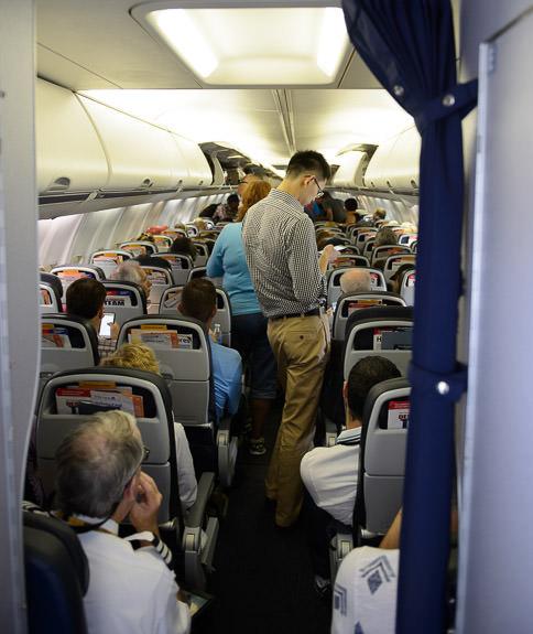 Still Waiting to Exit I've got time for another dozen portraits... -- Cleveland Hopkins International Airport -- Cleveland, Ohio, United States -- Copyright 2016 Jeffrey Friedl, http://regex.info/blog/