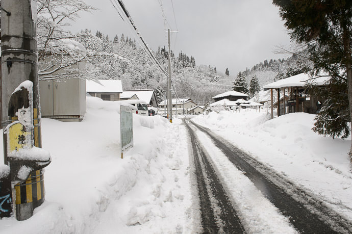 Small Village with blessedly-clear tracks to ride in, mostly -- 北山クラフト協同組合 -- Kyoto, Japan -- Copyright 2017 Jeffrey Friedl, http://regex.info/blog/ -- This photo is licensed to the public under the Creative Commons Attribution-NonCommercial 4.0 International License http://creativecommons.org/licenses/by-nc/4.0/ (non-commercial use is freely allowed if proper attribution is given, including a link back to this page on http://regex.info/ when used online)