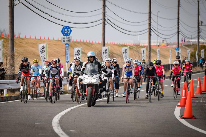 "Slow "" Rolling Start "" Leadout -- 第5回守山野洲川クリテリウム -- Moriyama, Shiga, Japan -- Copyright 2017 Jeffrey Friedl, http://regex.info/blog/"
