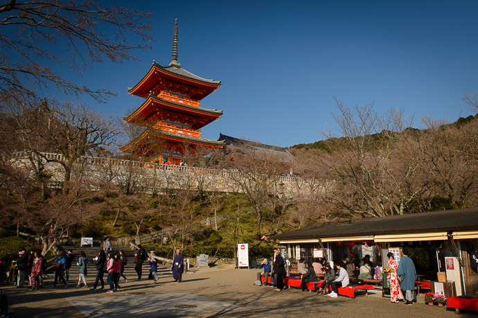 So Much Less Crowded -- Kiyomizu Temple (清水寺) -- Kyoto, Japan -- Copyright 2017 Jeffrey Friedl, http://regex.info/blog/ -- This photo is licensed to the public under the Creative Commons Attribution-NonCommercial 4.0 International License http://creativecommons.org/licenses/by-nc/4.0/ (non-commercial use is freely allowed if proper attribution is given, including a link back to this page on http://regex.info/ when used online)