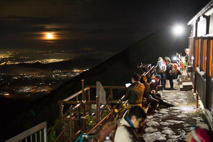Mt. Fuji (富士山) -- Fujiyoshida, Yamanashi, Japan -- Copyright 2018 Jeffrey Friedl, http://regex.info/blog/