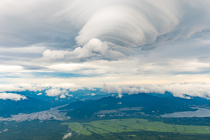 Ever-Changing Clouds notice how the lenticular clouds look different in each shot... they morphed among shapes fairly quickly -- Mt. Fuji (富士山) -- Fujiyoshida, Yamanashi, Japan -- Copyright 2018 Jeffrey Friedl, http://regex.info/blog/