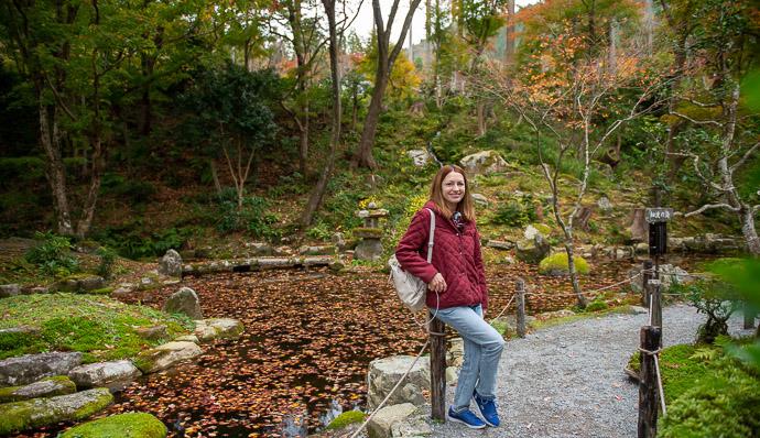 Nice Place for a Portrait -- Sanzen-in Temple (三千院) -- Kyoto, Japan -- Copyright 2018 Jeffrey Friedl, http://regex.info/blog/