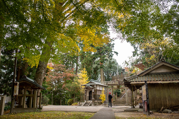 Kotoku-ji Temple (庚申山広徳寺) -- Japan, Shiga, Koka -- Copyright 2019 Jeffrey Friedl, http://regex.info/blog/2019-12-01/2890 -- This photo is licensed to the public under the Creative Commons Attribution-NonCommercial 4.0 International License http://creativecommons.org/licenses/by-nc/4.0/ (non-commercial use is freely allowed if proper attribution is given, including a link back to this page on http://regex.info/ when used online)