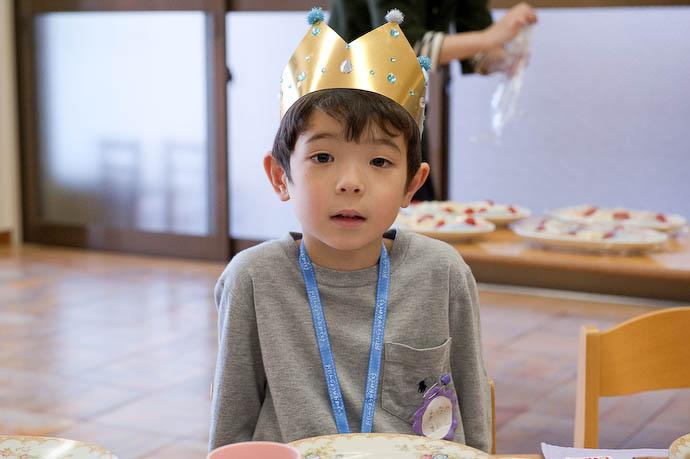 Birthday Kid one of seven  --  Kyoto, Japan  --  Copyright 2008 Jeffrey Friedl, http://regex.info/blog/