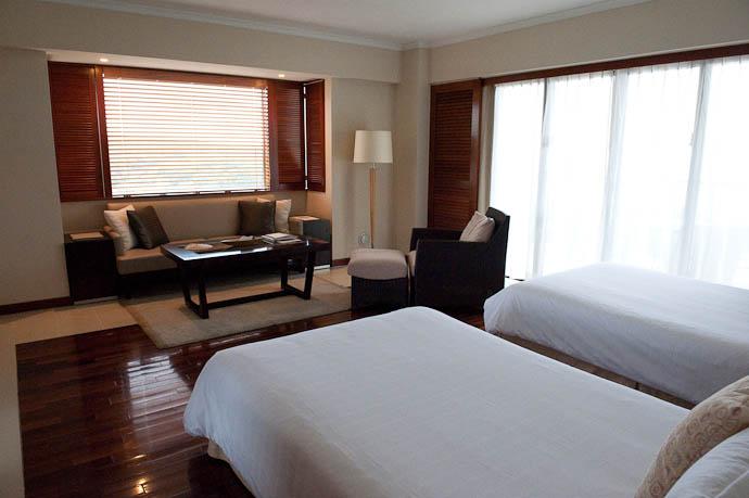 Our Room 1701 -- Okinawa, Japan -- Copyright 2009 Jeffrey Friedl, http://regex.info/blog/