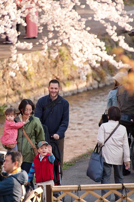 Hi! -- Kyoto, Japan -- Copyright 2009 Jeffrey Friedl, http://regex.info/blog/