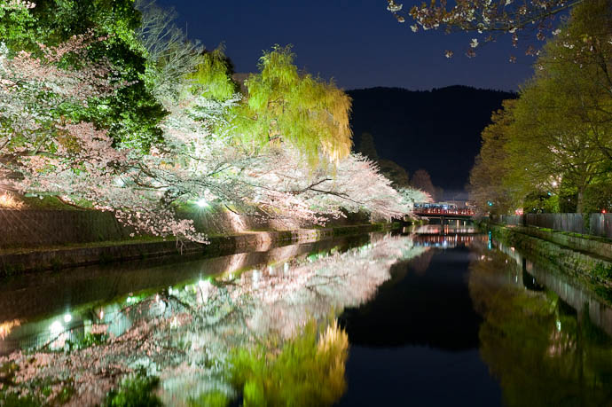 , f/13, ISO 1600 — map & image data — nearby photos Much Nicer than Reality 7:03pm -- Okazaki Cherry-Blossom Lightup -- Kyoto, Japan -- Copyright 2009 Jeffrey Friedl, http://regex.info/blog/