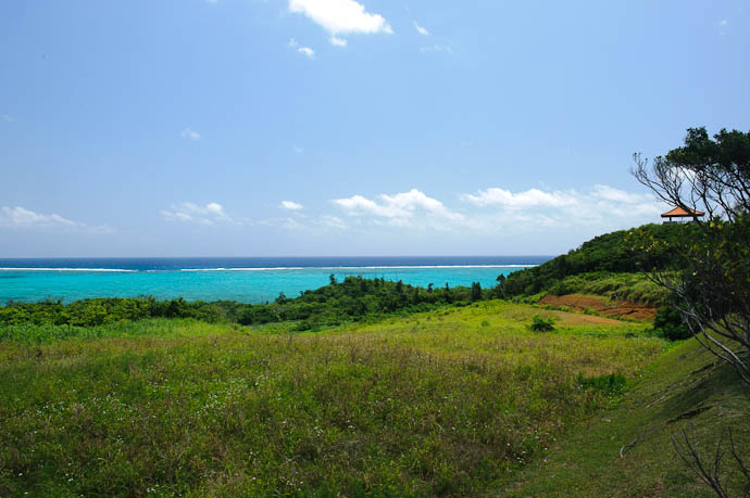 View from the Parking Lot Tamatorisaki Lookout, Ishigaki Island, Okinawa Prefecture, Japan -- Ishigaki, Okinawa, Japan -- Copyright 2009 Jeffrey Friedl, http://regex.info/blog/