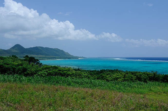 Looking North -- Ishigaki, Okinawa, Japan -- Copyright 2009 Jeffrey Friedl, http://regex.info/blog/