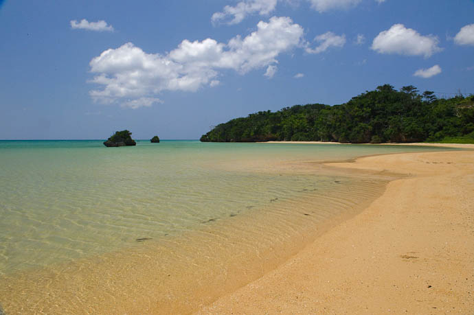 Ishigaki, Okinawa, Japan -- Copyright 2009 Jeffrey Friedl, http://regex.info/blog/