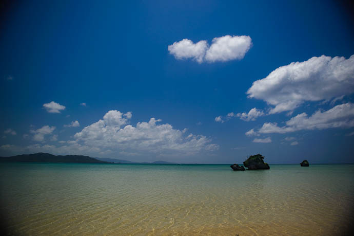 Sort of Dramatic -- Ishigaki, Okinawa, Japan -- Copyright 2009 Jeffrey Friedl, http://regex.info/blog/