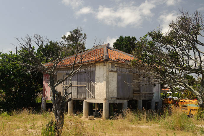 Fixer-Upper comes with its own rusting steam roller -- Taketomi Island, Okinawa, Japan -- Copyright 2009 Jeffrey Friedl, http://regex.info/blog/