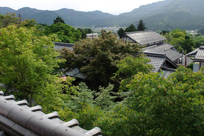 View into Town the village of Ohara in the background -- Sanzen-in Temple -- Kyoto, Japan -- Copyright 2009 Jeffrey Friedl, http://regex.info/blog/