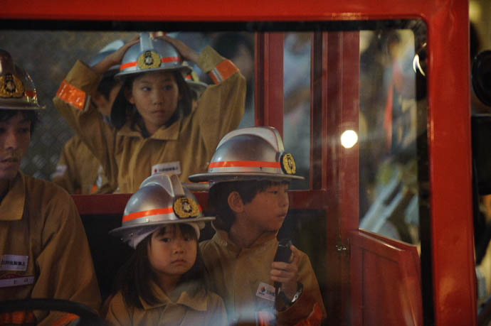 Firefighters -- KidZania Koshien -- Kyoto, Japan -- Copyright 2009 Jeffrey Friedl, http://regex.info/blog/