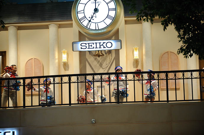 Seiko Watch for some reason, Seiko Watch's activity was a dance performance (????) -- KidZania Koshien -- Kyoto, Japan -- Copyright 2009 Jeffrey Friedl, http://regex.info/blog/