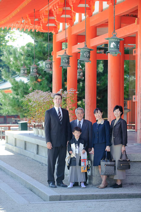 Family Portrait me, Anthony, Fumie's dad, Fumie, Fumie's mom -- Heian Shrine -- Kyoto, Japan -- Copyright 2009 Jeffrey Friedl, http://regex.info/blog/