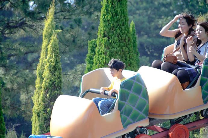 Cool as a Cucumber -- Tokyo Disneyland -- Urayasu, Chiba, Japan -- Copyright 2009 Jeffrey Friedl, http://regex.info/blog/