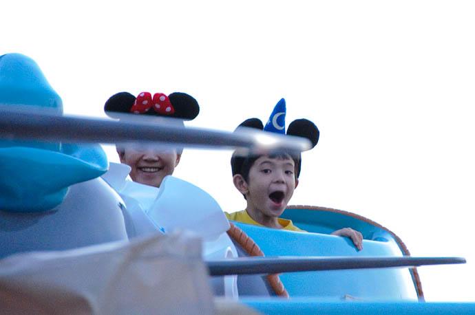 Worth the Wait perhaps -- Tokyo Disneyland -- Urayasu, Chiba, Japan -- Copyright 2009 Jeffrey Friedl, http://regex.info/blog/