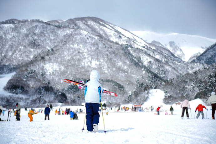 Hitting the Slopes Makino Ski Area, Takayama City, Shiga Prefecture, Japan -- Takashima, Shiga, Japan -- Copyright 2010 Jeffrey Friedl, http://regex.info/blog/