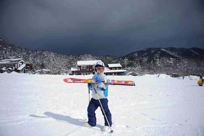 Foreboding to the North -- Makino Ski Area -- Takashima, Shiga, Japan -- Copyright 2010 Jeffrey Friedl, http://regex.info/blog/