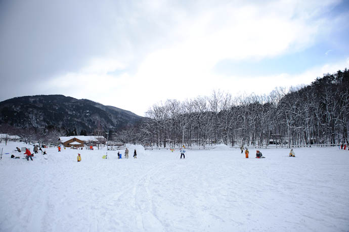 And There He Goes -- Makino Ski Area -- Takashima, Shiga, Japan -- Copyright 2010 Jeffrey Friedl, http://regex.info/blog/
