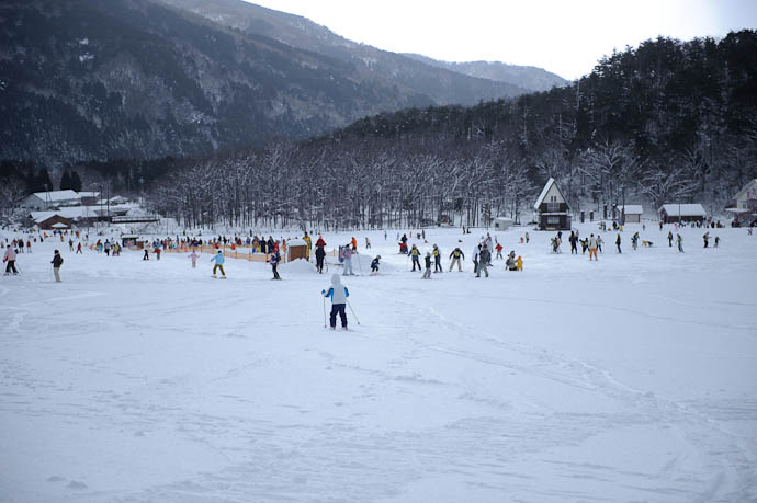 Long Run -- Makino Ski Area -- Takashima, Shiga, Japan -- Copyright 2010 Jeffrey Friedl, http://regex.info/blog/