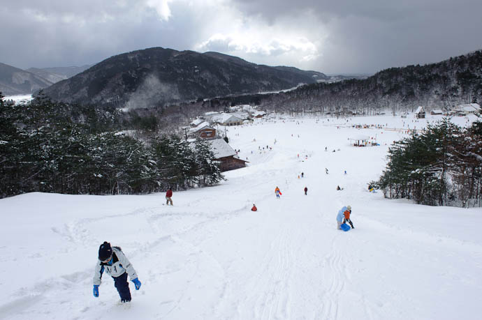 Vista from the Top -- Makino Ski Area -- Takashima, Shiga, Japan -- Copyright 2010 Jeffrey Friedl, http://regex.info/blog/