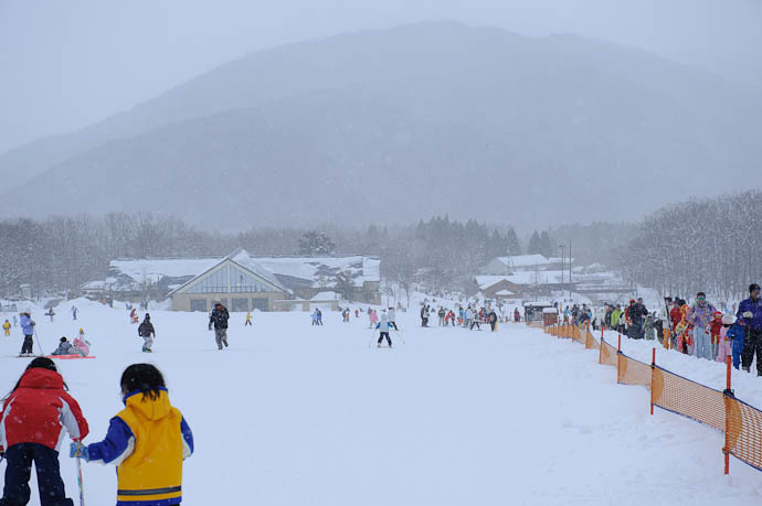Run #723 or something like that -- Makino Ski Area -- Takashima, Shiga, Japan -- Copyright 2010 Jeffrey Friedl, http://regex.info/blog/