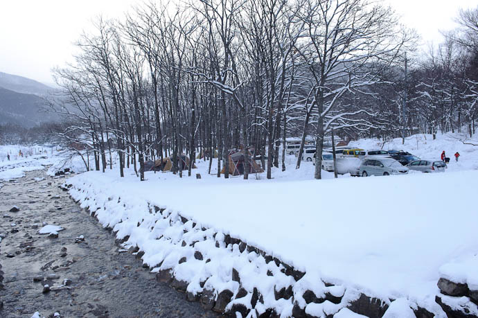 Snowy Campsite -- Makino Ski Area -- Takashima, Shiga, Japan -- Copyright 2010 Jeffrey Friedl, http://regex.info/blog/