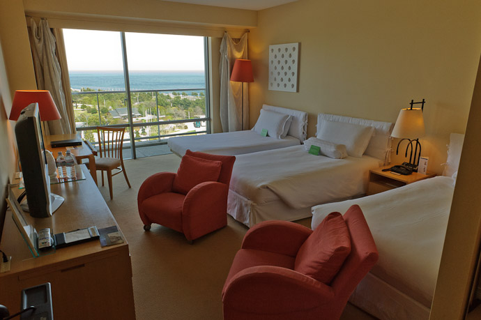 Room 602 at the Westin Awaji Hotel Awaji Island, Hyogo Prefecture, Japan -- Awaji, Hyogo, Japan -- Copyright 2010 Jeffrey Friedl, http://regex.info/blog/