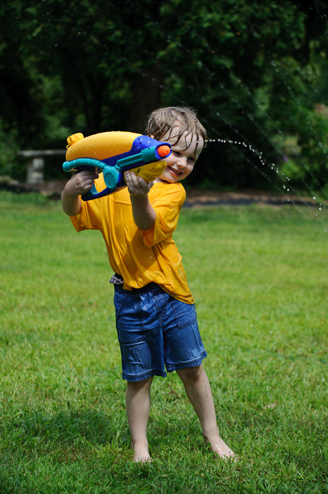 Powerful-Squirtgunner Josh -- Rootstown, OH, USA -- Copyright 2010 Jeffrey Friedl, http://regex.info/blog/