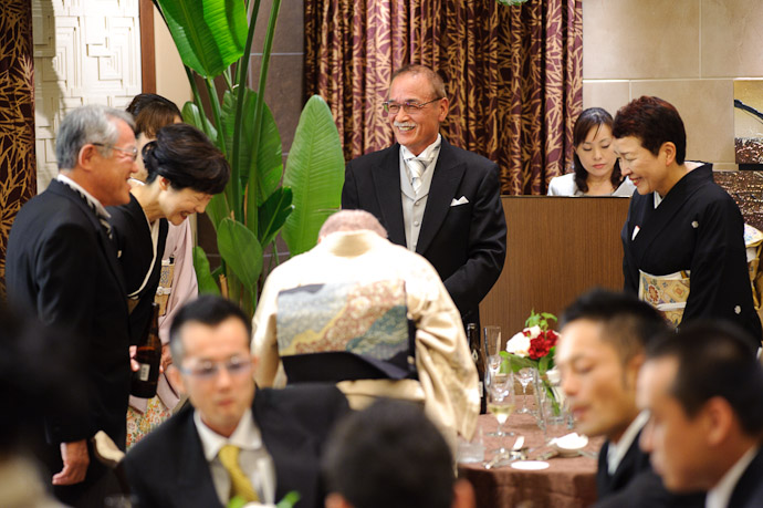 Joining of Families parents of the couple and friends -- Wedding of Shogo and Namiko -- Nagoya, Aichi, Japan -- Copyright 2010 Jeffrey Friedl, http://regex.info/blog/