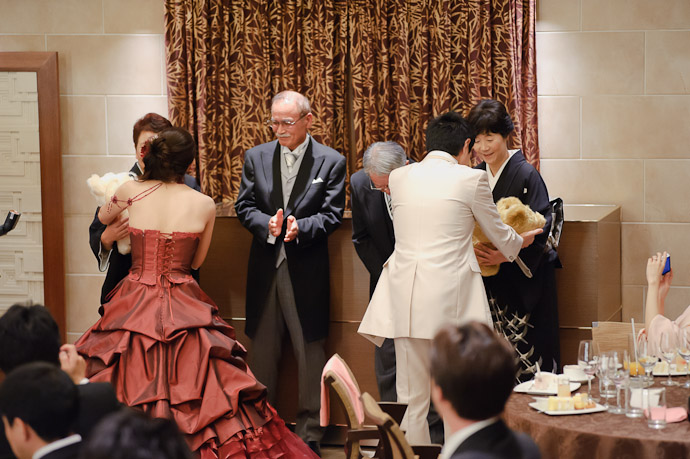 Bearing Gifts is much easier than bearing the child they're meant to represent -- Wedding of Shogo and Namiko -- Nagoya, Aichi, Japan -- Copyright 2010 Jeffrey Friedl, http://regex.info/blog/