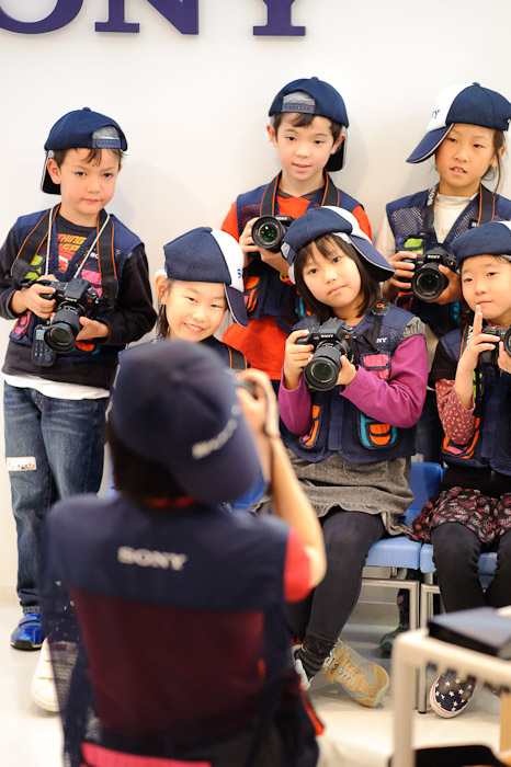 Pre-Assignment Group Photo -- Kidzania -- Nishinomiya, Hyogo, Japan -- Copyright 2010 Jeffrey Friedl, http://regex.info/blog/