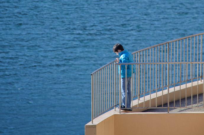 Viewing The Ocean From 10 Stories Up -- Shodoshima, Kagawa, Japan -- Copyright 2010 Jeffrey Friedl, http://regex.info/blog/