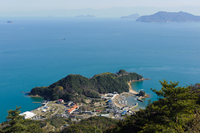 Mt. Takamiyama (高見山) -- Onomichi, Hiroshima, Japan -- Copyright 2011 Jeffrey Friedl, http://regex.info/blog/