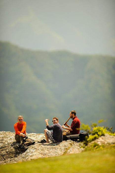 Good Times Oishi Kougen (生石高原), Wakayama Japan  --  Oishi Kougen (生石高原)  --  Kaisougun, Wakayama, Japan  --  Copyright 2011 Jeffrey Friedl, http://regex.info/blog/