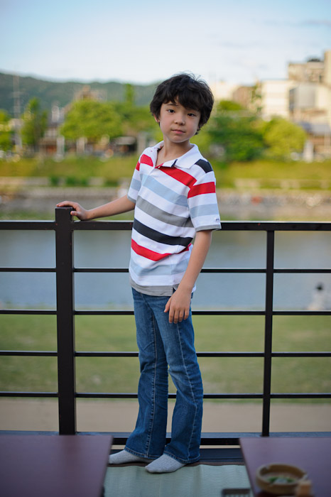 Good-Looking Kid if I do say so myself :-) -- Kyoto, Japan -- Copyright 2011 Jeffrey Friedl, http://regex.info/blog/