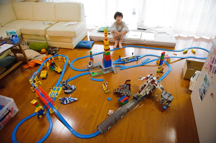Lego Train City -- Kyoto, Japan -- Copyright 2011 Jeffrey Friedl, http://regex.info/blog/