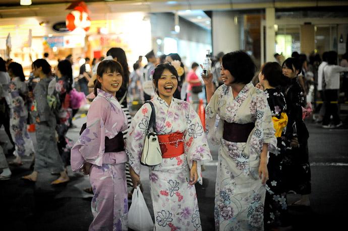 Much Better -- Gion Matsuri (祇園祭) -- Kyoto, Japan -- Copyright 2011 Jeffrey Friedl, http://regex.info/blog/