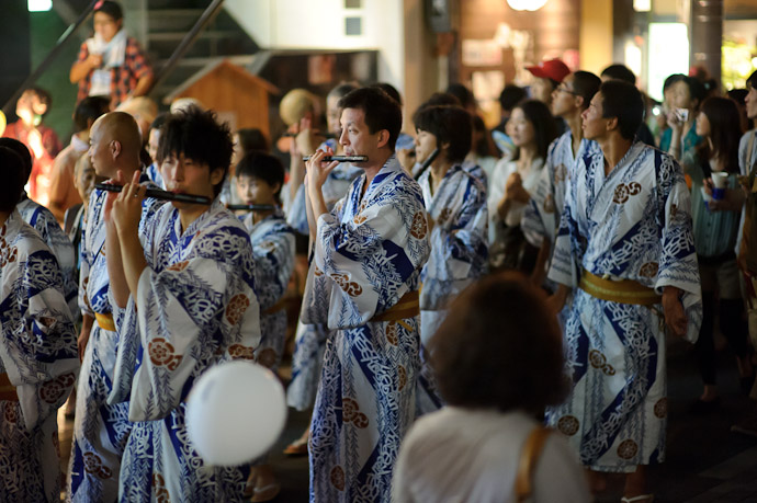 and Flutes -- Gion Matsuri (祇園祭) -- Kyoto, Japan -- Copyright 2011 Jeffrey Friedl, http://regex.info/blog/