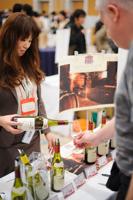 Lotsa French Wines  --  Kyoto, Japan  --  Copyright 2012 Jeffrey Friedl, http://regex.info/blog/