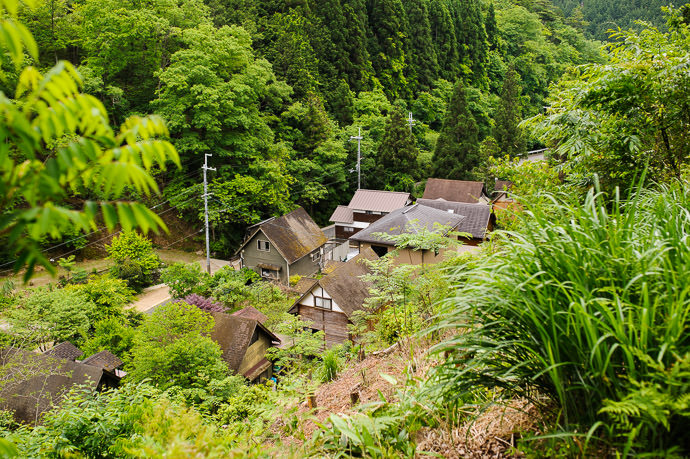 Tucked-Away Village -- Nantan, Kyoto, Japan -- Copyright 2015 Jeffrey Friedl, http://regex.info/blog/ -- This photo is licensed to the public under the Creative Commons Attribution-NonCommercial 4.0 International License http://creativecommons.org/licenses/by-nc/4.0/ (non-commercial use is freely allowed if proper attribution is given, including a link back to this page on http://regex.info/ when used online)