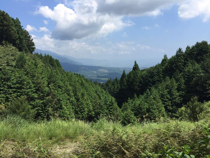 near Kaji Pass (梶峠) -- Kaji Pass (梶峠) -- Otsu, Shiga, Japan -- Copyright 2016 Jeffrey Friedl, http://regex.info/blog/