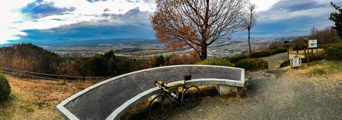 Amazing View on my last 100+km ride of the year -- 万灯呂山展望台 -- Tsuzuki-gun, Kyoto, Japan -- Copyright 2016 Jeffrey Friedl, http://regex.info/blog/